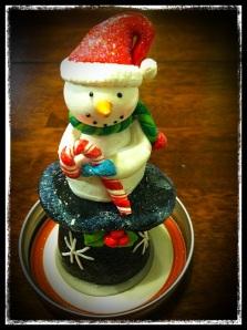 snowman_closeup_glue