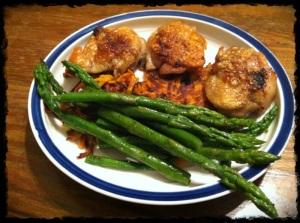Day 30 Breakfast – Chicken Thighs, Sweet Potato Latkes, Asparagus.