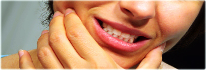 agefotostock_rm_photo_of_woman_jaw_pain